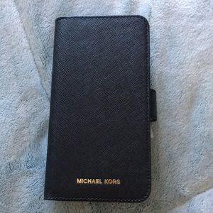 ❤️NEW!!!❤️ Michael Kors Saffiano Iphone Case.